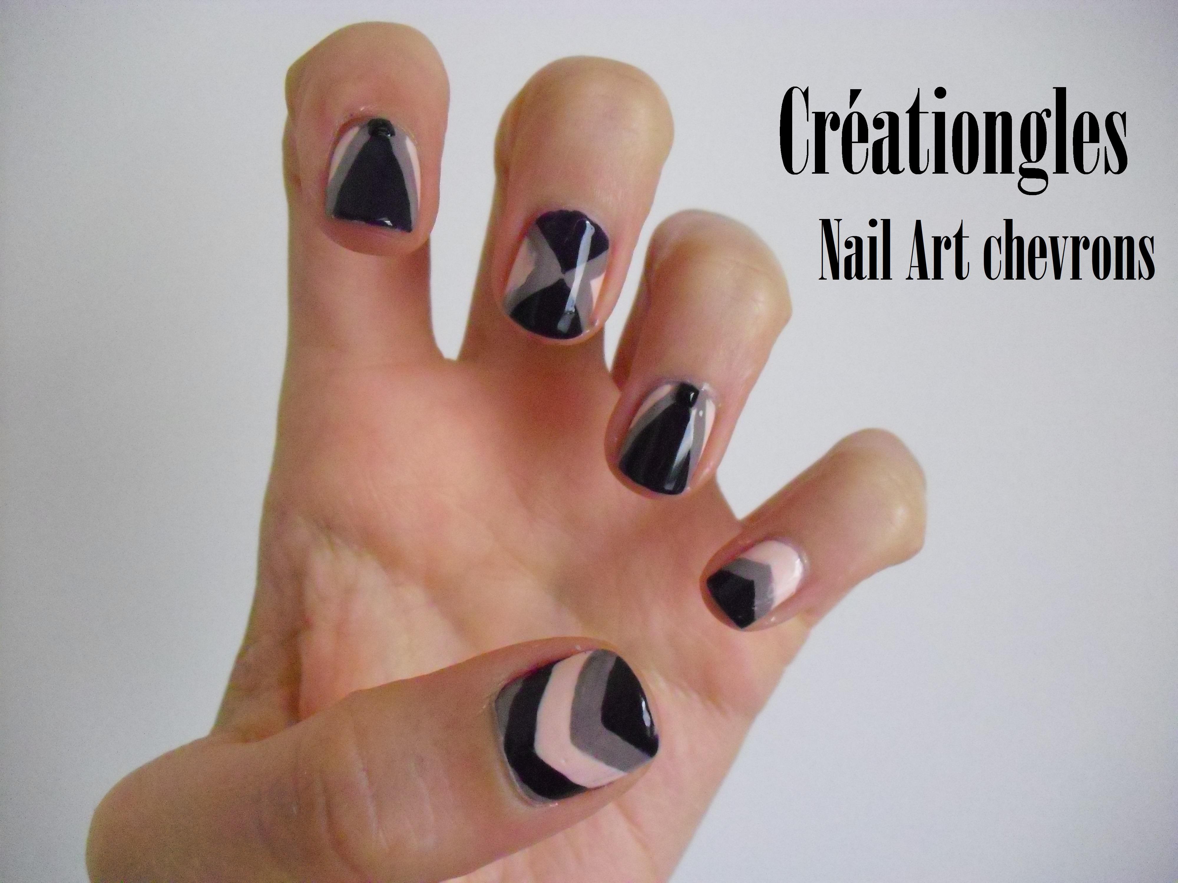 Une addict du vernis et du nail art - Nail art discret ...